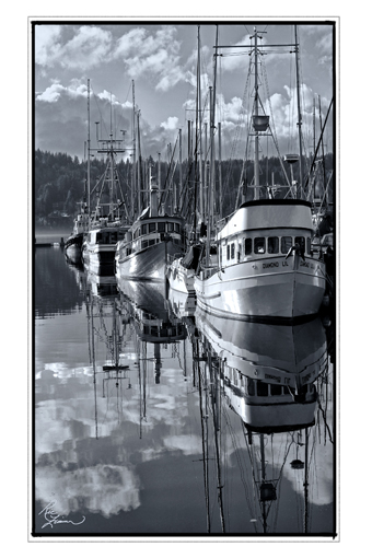 GigHbr-625Three Trawlers_02 effects BW_edge